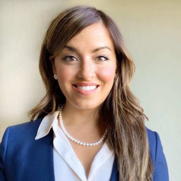 Portrait of Lara Murphy Jones